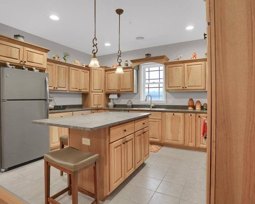 Hickory Wood Country Kitchen
