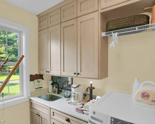 Laundry Room sink cabinets